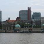 Skyline Hamburg bei den Landungsbrücken